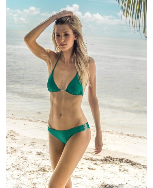 eniqua ST. BARTH DIAMOND TRIANGLE   glamorous bikini on beach