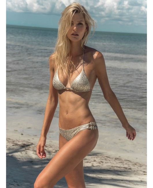 eniqua VIP SQUARE TRIANGLE   glamorous bikini on beach
