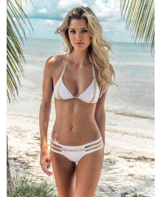 eniqua GLAM BELT WHITE TRIANGLE   exclusive bikini on beach