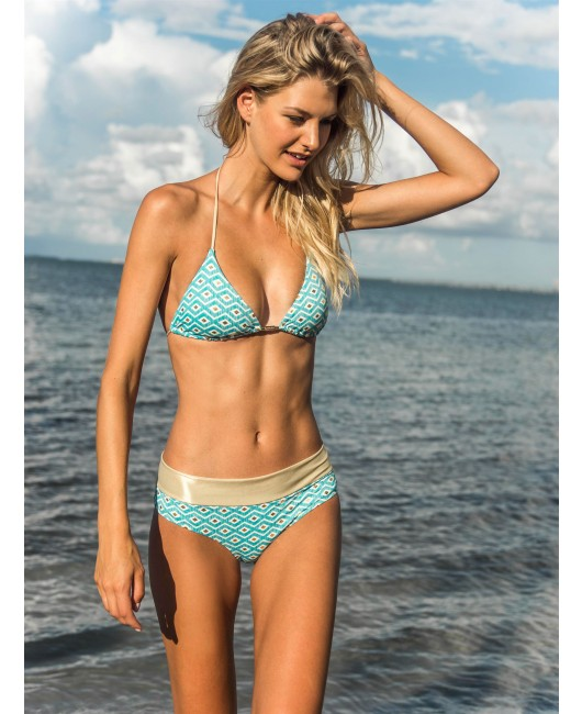 eniqua MIDNIGHT EYES BLUE TRIANGLE   glamorous bikini on beach
