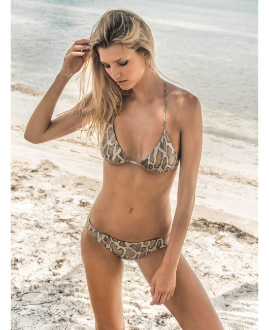 eniqua SHINY SNAKE ATTACK TRIANGLE   exclusive bikini on beach