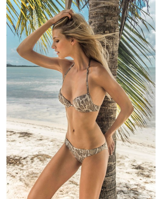 eniqua SHINY SNAKE ATTACK PUSH UP   glamorous bikini on beach